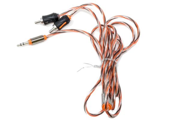 UTPF-35R6 / 6 ft. 3.5mm to RCA Interconnect